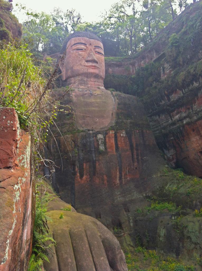 china_leshan_chengdu_buddha