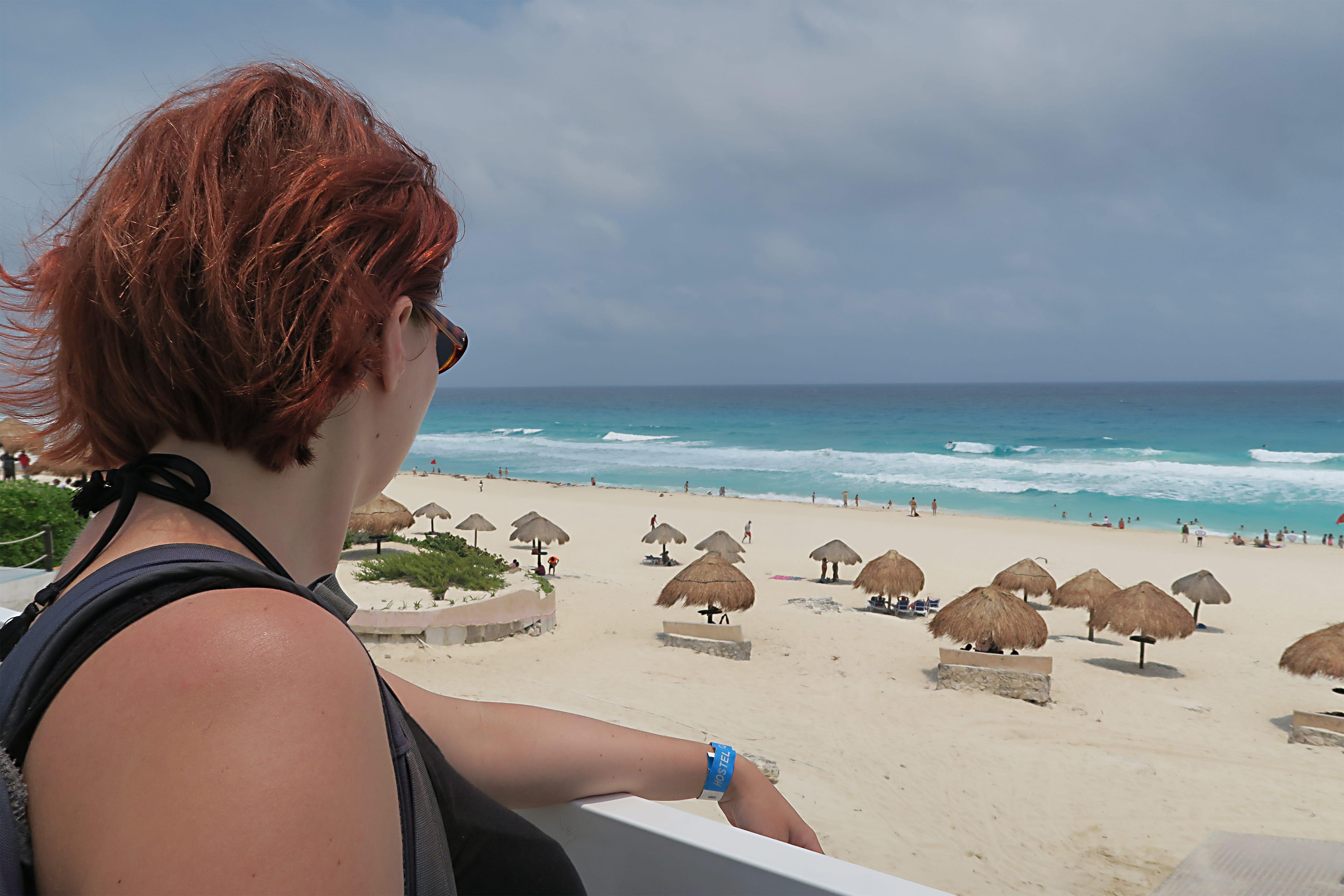 cancun_playa_delfines