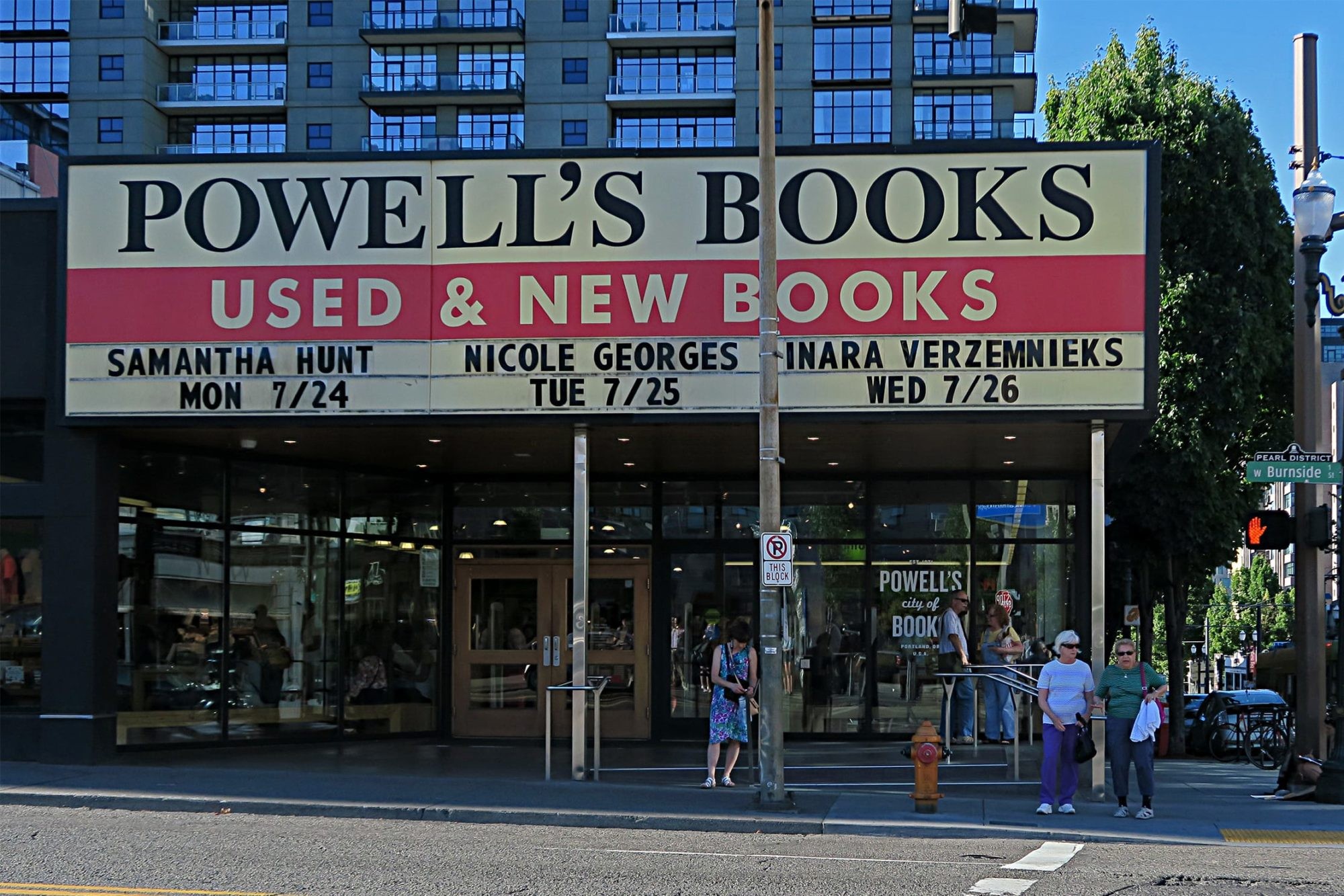 portland_powell_books